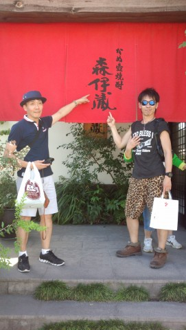 茂木&林さんで記念撮影 佐野さんは心霊写真になりきれませんでした(-_-;)