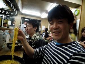 林さん、ラーメンを前にいい顔(^^)v